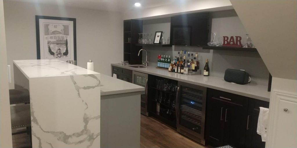 amazing basement bar with mini fridge - basement ideas GTA